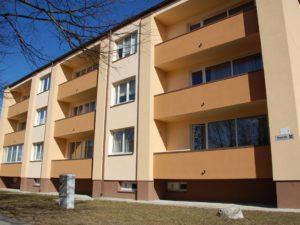 Genomforda projekt LLC PRO DEV forbattring av energieffektiviteten i lagenhetshuset pa Pirma iela 30 Adazi bild 1